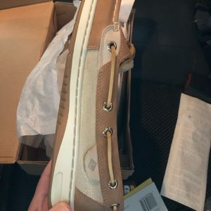 NEW IN BOX Sperry boat shoes